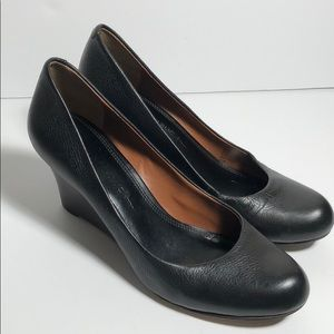 Banana Republic black leather wedges size 6.5